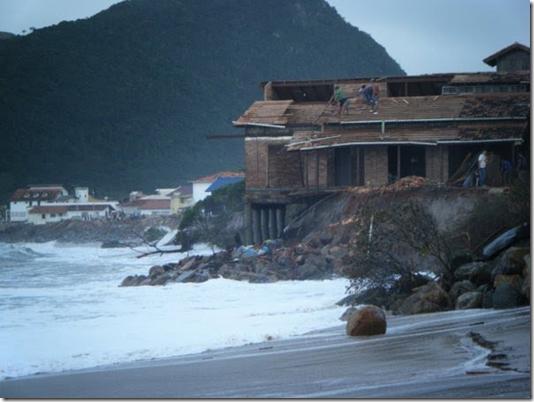 praia_armacao_sc