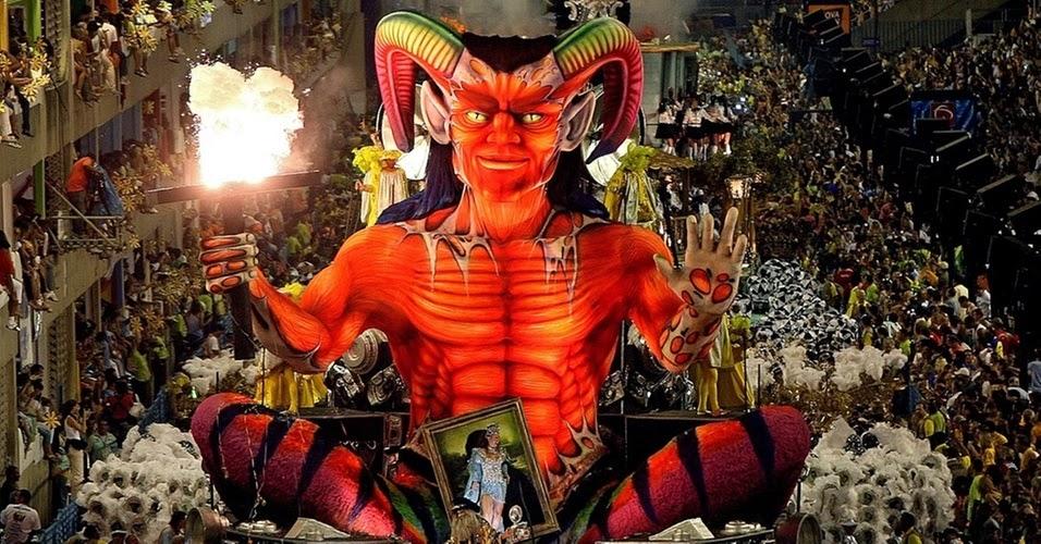 Uma festa profana de adoração ao inimigo do Criador